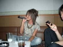 石田君が熱唱!!