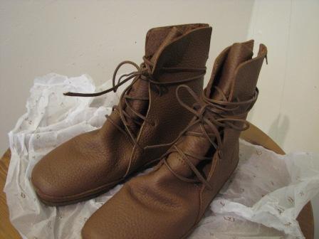 70716c1b35d5 Koos の靴 | 海外駐在日記 風車の街から