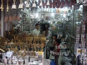 インドの金物屋