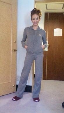 神田うのオフィシャルブログ UNO Fashion Diary Powered by Ameba-090228_130747.jpg
