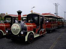 紅海灘へ行く汽車