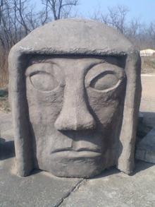 顔面石像01