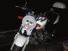 人面バイク