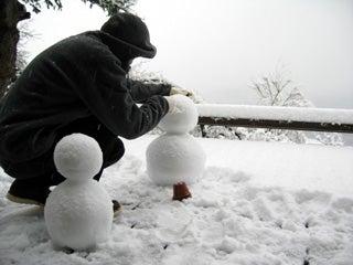 雪だるま 製作中