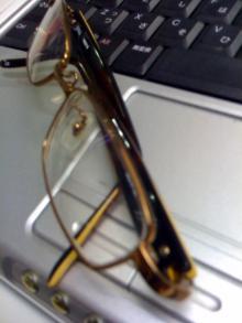 ☆浜松の水屋で働くはるぼうのアメブロ☆-メガネ