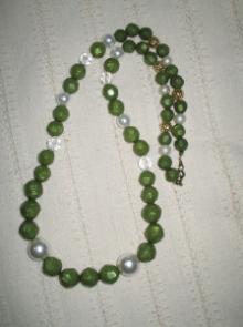 ネックレス緑