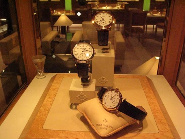 watch 07532 17cbc 時計な一日 その1~パテックフィリップ&ベルルッティ アワー ...
