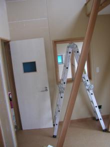 ロフトの梯子作り