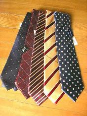 ネクタイだっちゃね。