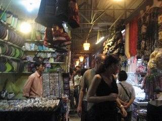 29歳で年収1億円&著書37万部になった、世界を旅するヒマリッチ社長川島和正の日記-ナイトマーケット,カンボジア9