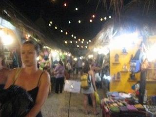 29歳で年収1億円&著書37万部になった、世界を旅するヒマリッチ社長川島和正の日記-ナイトマーケット,カンボジア11