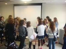 エマ美容室の[チョキ×チョキ日記]-講習後に、皆さんから質問を受けました。