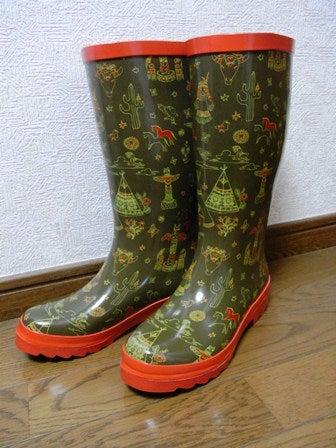 cinnamon log-rain boots