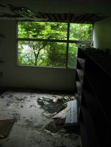 【趣味とか】 ちくわぱん 【日常とか】 writing by 写楽斎- 浴室 廃墟 京都