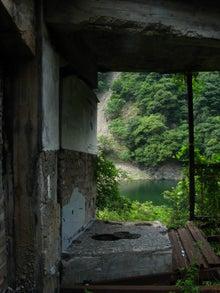 【趣味とか】 ちくわぱん 【日常とか】 writing by 写楽斎- コンクリート 廃墟