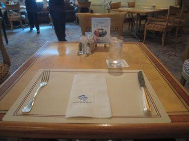 横浜発 驢馬人の美食な日々-CAFE FLORA04