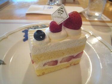横浜発 驢馬人の美食な日々-CAFE FLORA05