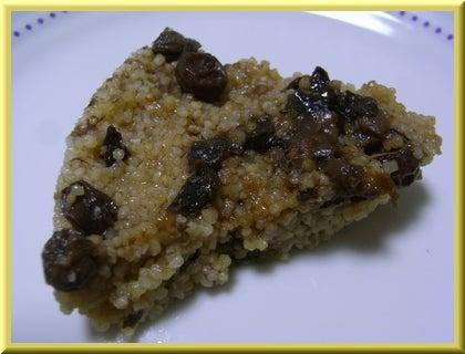 マクロビオティックで美味しい生活♪-ドライフルーツのミレットケーキ