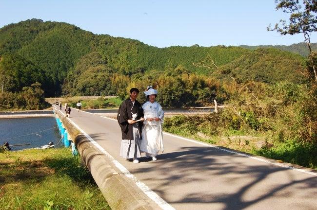 いろりや9640ブログ~高知県黒潮町LOVEな毎日をお届け~-沈下橋での結婚式