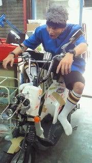 「市原隼人 バイク 猿ロック」の画像検索結果