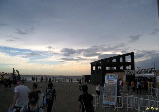 ∞最前線 通信-summer sonic beach stage