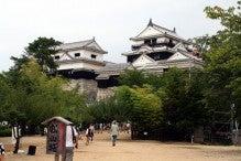 カルマンギアのある生活-松山城天守閣