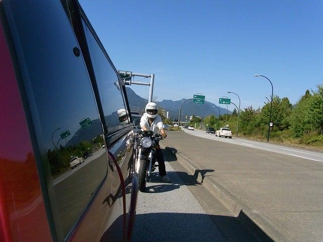 カナダ ノース・バンクーバーのバイクショップ、ウィンドベル モーターサイクル-ICBC