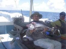 沖縄から遊漁船「アユナ丸」-釣果(21.08.22)