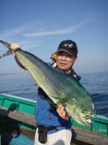 Fishing Blog OFFSHORE CRAZY! ~ 夢は一発大物!   鮪だ!鰤だ!大政だ!巨カンパだ!大鯛だ!なんでもこ~い!-メーターシイラ
