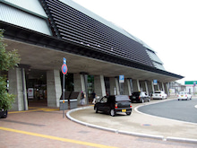 カルマンギアのある生活-高知駅