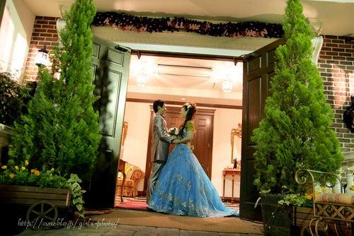 キモチをカタチに・女性ブライダルフォトグラファーのスタッフ日記.・結婚式の写真アルバム作ってます!
