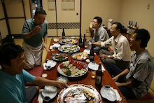 $歩き人ふみの徒歩世界旅行 日本・台湾編-地元での宴会