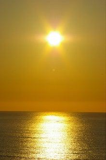 毎日はっぴぃ気分☆-黄金色の海