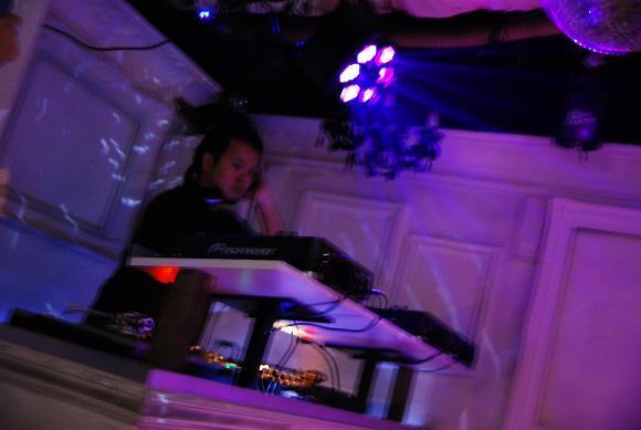 神泉で働くマジシャンのblog-DJ ミゾグチ