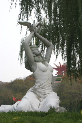 中国大連生活・観光旅行通信**-7大連 英雄記念公園