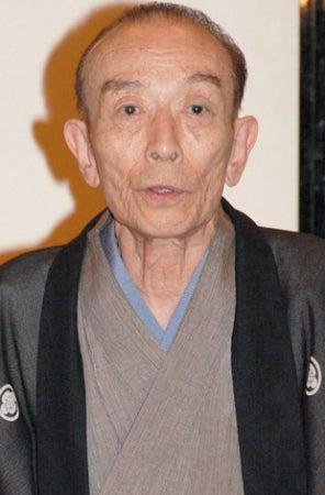 肺がんで死去した三遊亭円楽さんを偲び、落語家の桂歌丸(73)が ...