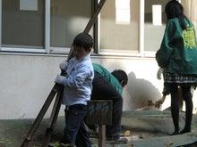 緑化推進事業の活動報告-1107掃除02