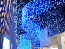 続 東京百景(BETA version)-#087 モザイク通りの青い風