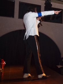 """MJ Tribute X'mas Party for Fans :  """"Merry X'mas to Michael! We'll Heal the World !"""" -マイコーりょうさん"""