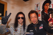 """MJ Tribute X'mas Party for Fans :  """"Merry X'mas & Happy New Year to Michael!"""" -マイコーさんと金子さん"""