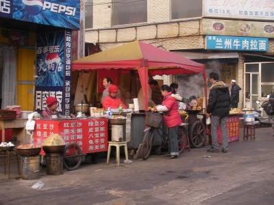 中国留学して起業しちゃったオヤジのブログ-「中国留学情報」 武漢屋台01