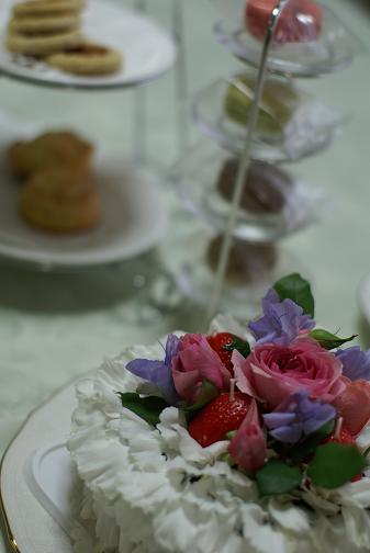 アトリエ・ブランシュ 花と紅茶のある暮らし