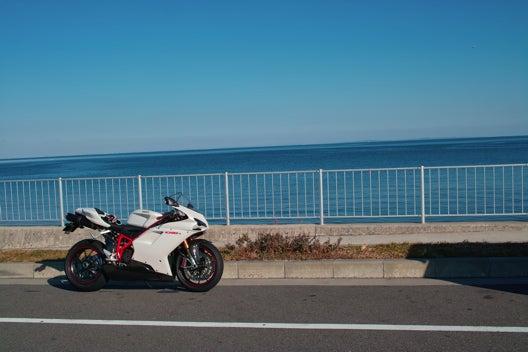 Moto Italy !! Ducati 1098S & Hypermotard 1100S !!