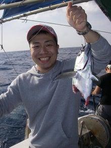 沖縄から遊漁船「アユナ丸」-釣果(22.01.07)