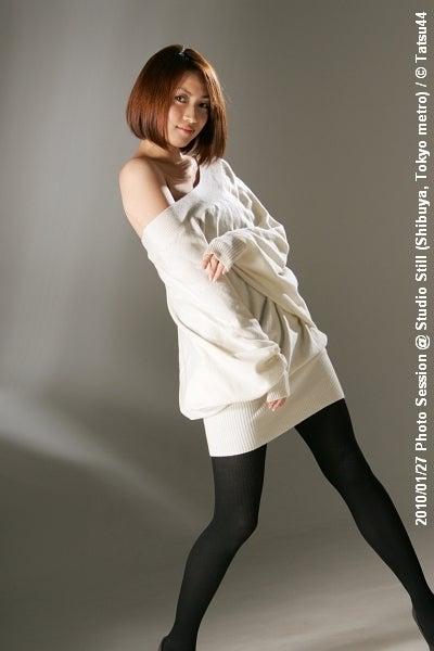 Tatsu44、ひとり写真旅一戸恵梨子さん/肩出しコメント