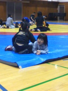 格闘親子と、のほほん母-100131_1848~01.jpg