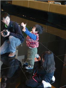 Grumpy Monkey(不機嫌なおさるさん)の観察日記-mini taken by gm and dad
