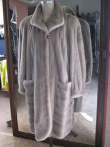 大木毛皮店工場長の毛皮修理リフォーム-サファイアミンクジャケット