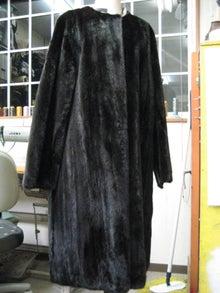 大木毛皮店工場長の毛皮修理リフォーム-毛皮コート リフォーム