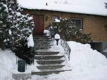 北欧からコンニチワ-雪かき・3
